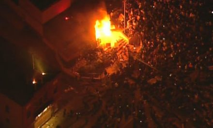 Minneapolis Third Precinct police station set on fire after rioters break in
