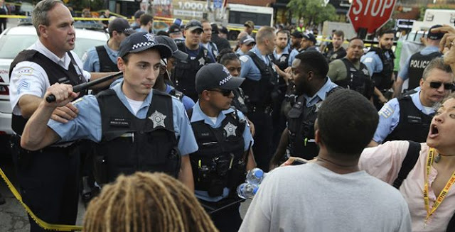 Chicago Sees Deadliest Weekend of Gun Violence in 2020 as George Floyd Protests Continue